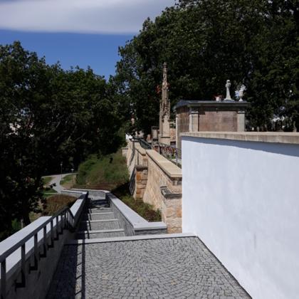 Rekonstrukce schodiště 6-2020